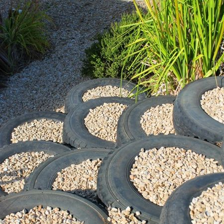 create an unusual pathway or set down easy steps using tyres unusual garden ideas