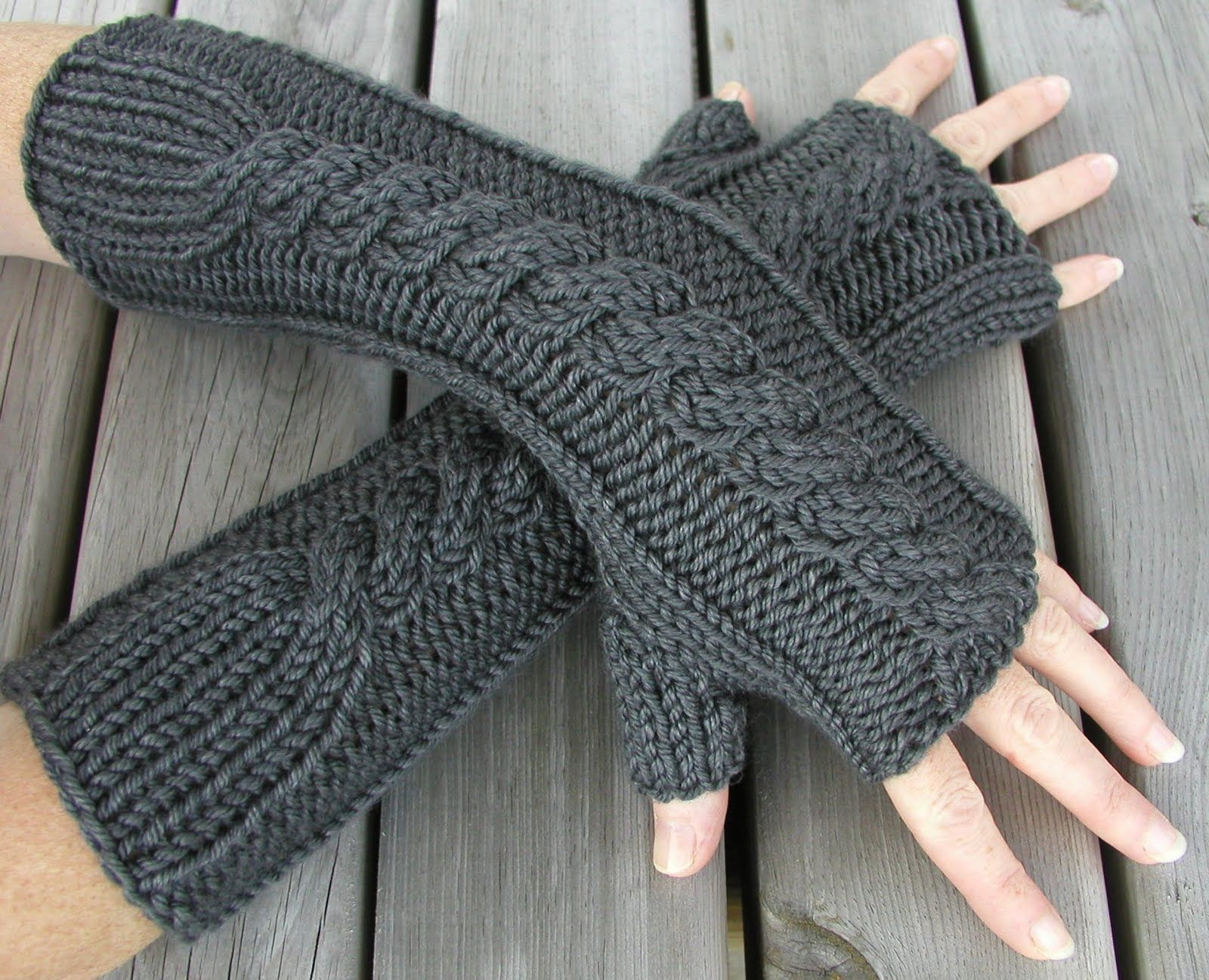 25 best ideas about knitted gloves on pinterest fingerless mitts fingerless gloves knitted and fingerless gloves knitting pattern