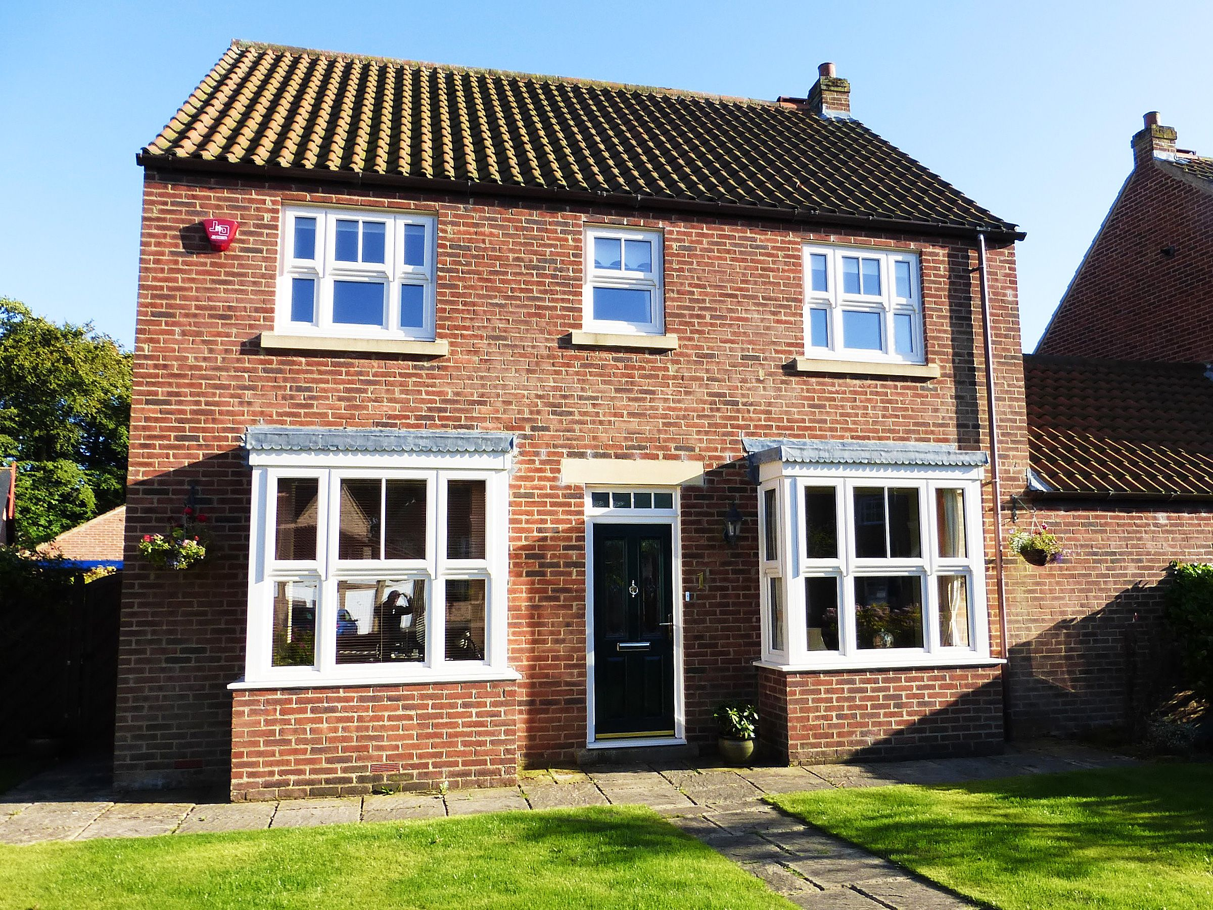 Bay And Bow Windows Bow Window With Square Lead And Triple Glazed Top