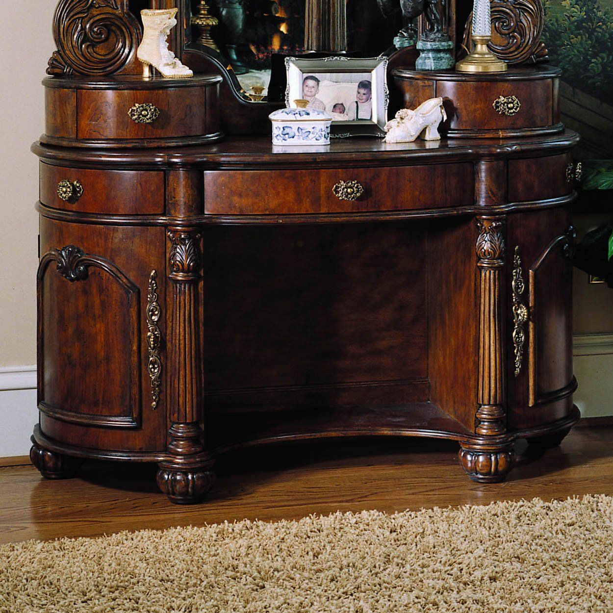 Bedroom Set With Vanity Pulaski Furniture 242127 Bedroom Vanity Edwardian 1500