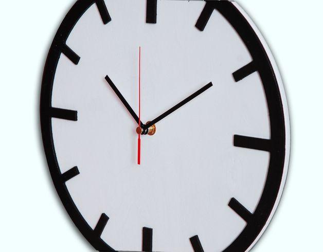 Scandi Clock - hölzerne Uhr weiß 30 cm Products, Ein and 30 - haus ausenfarbe grau