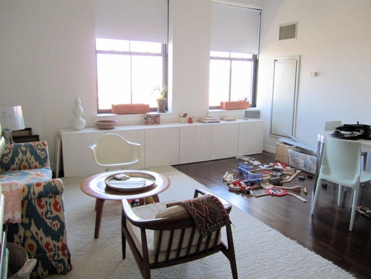 ikea-besta-regal-aufbewahrungssystem-weiss-konsole-parkettboden - ikea wohnzimmer weis