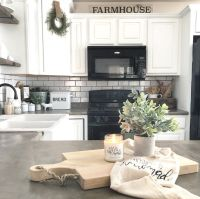 Farmhouse kitchen | The Little White Farmhouse Blog ...