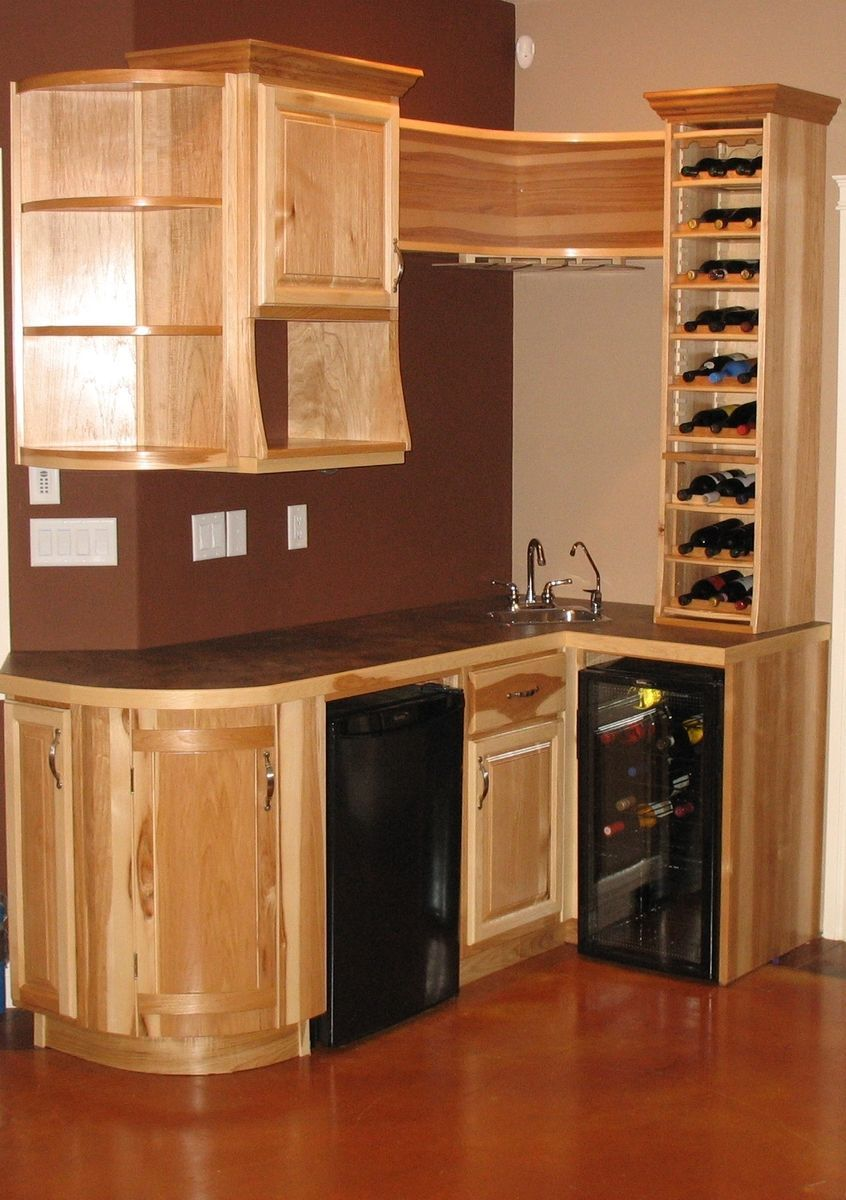 Wrap Around Kitchen Cabinets The Bar Was Designed To Offer A Maximim Functionality With