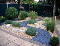slate gravel garden - Google Search | Outside deco/garden ...