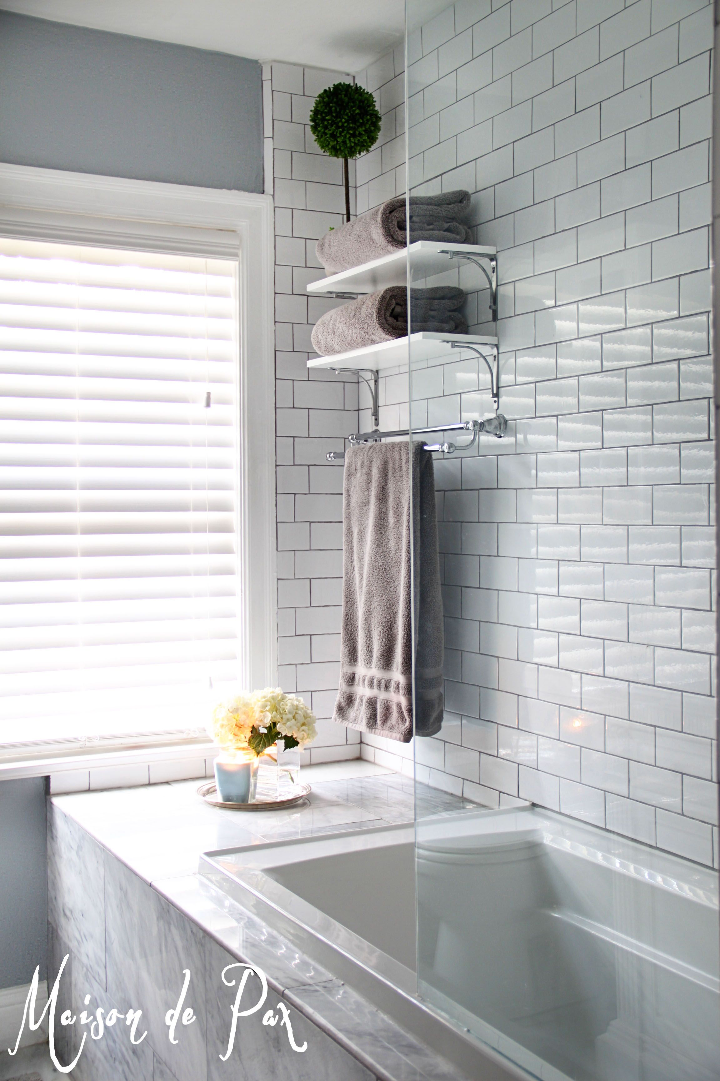 Gray White Bathroom Tile 10 Tips For Designing A Small Bathroom Light Gray Walls