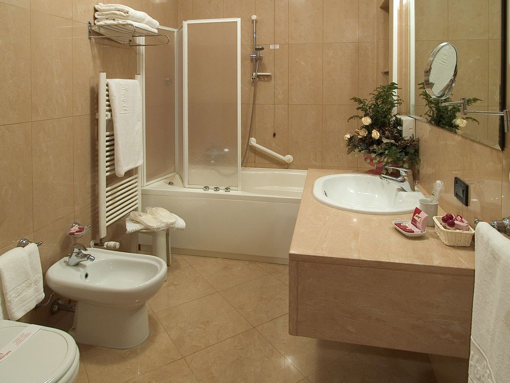 House bathroom designs interior home interior decorating