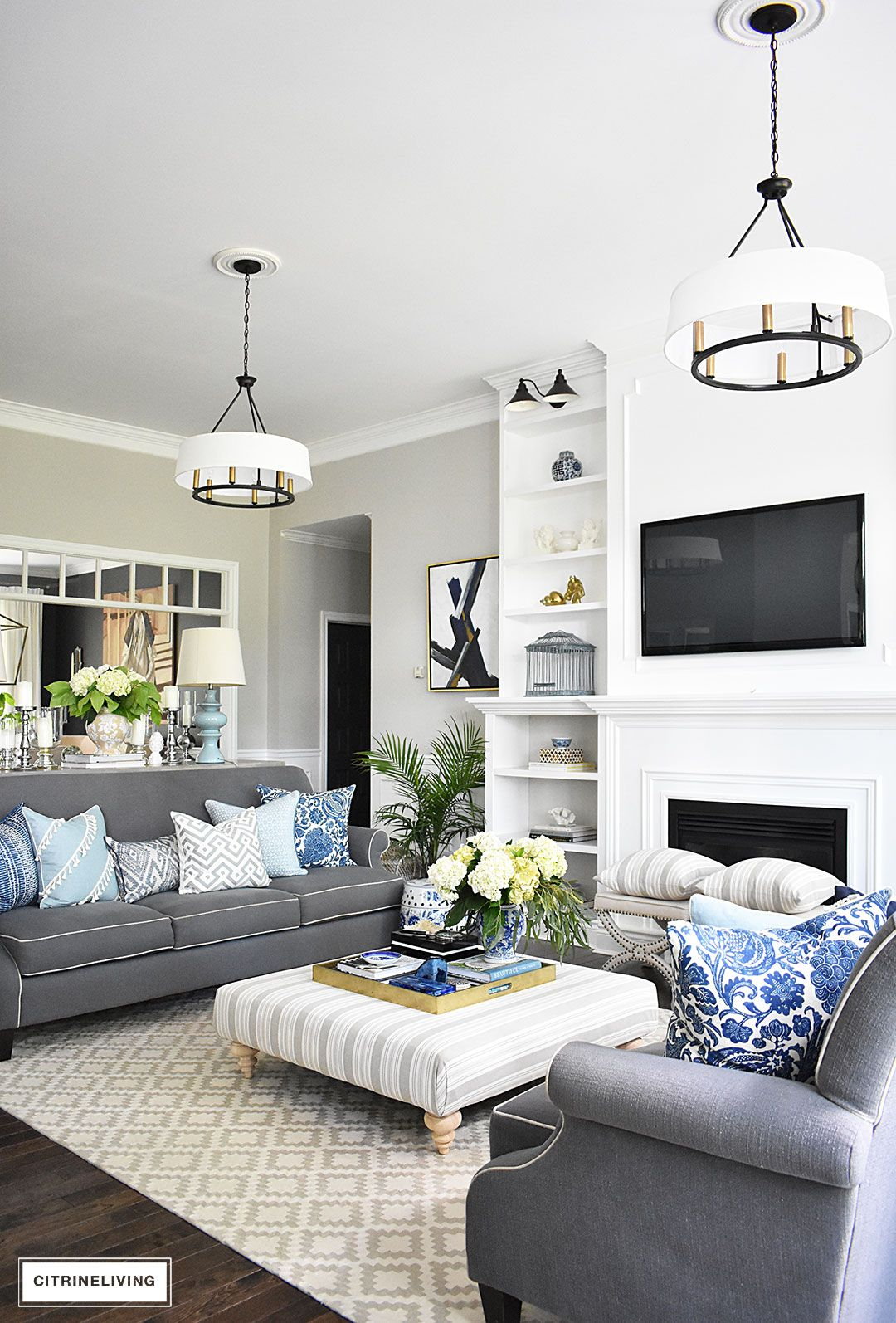 Grey Family Room Ideas 20 43 Fresh Ideas For Decorating With Blue And White
