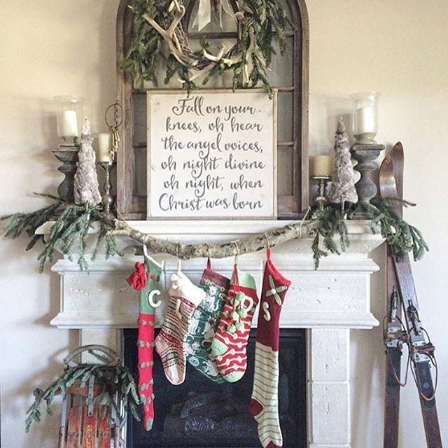 Farmhouse Christmas fireplace and mantel Christmas Pinterest - christmas fireplace decor