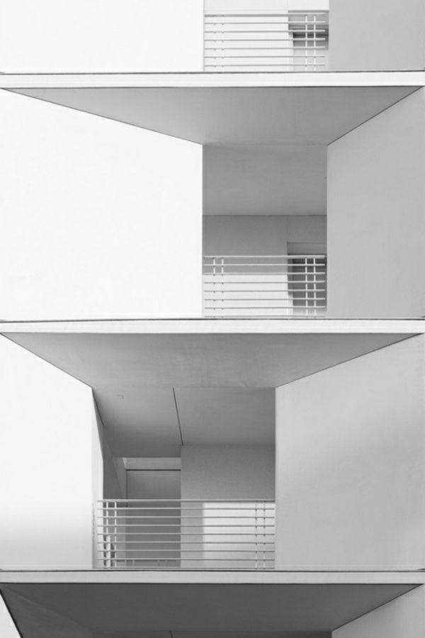 Weißes Haus mit moderner Fassade - Weiß als die beste - fassadenfarben fur hauser