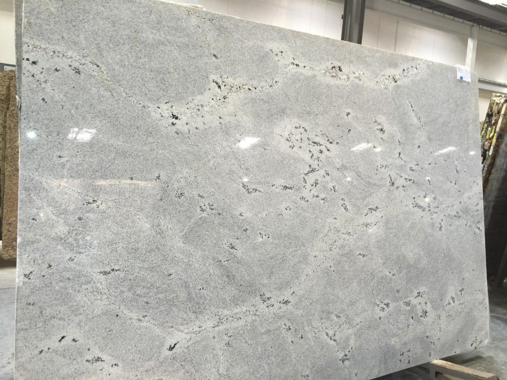 Granite Choices For White Cabinets Himalayan White Granite White Granite Himalayan And Granite