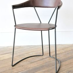 Y Chair in Stout by Rose Uniacke Rose Uniacke a Machine Bent