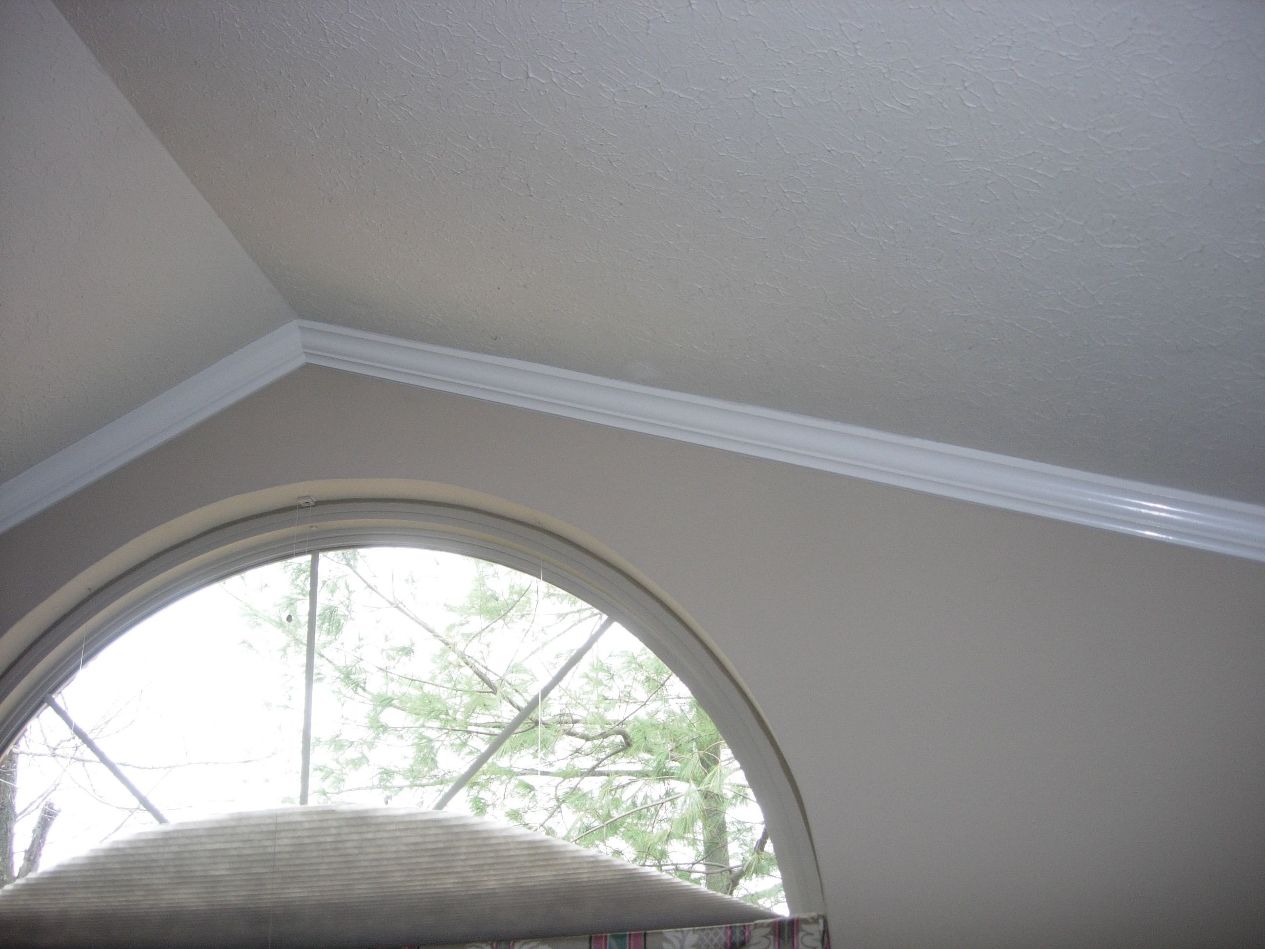 Bedroom Ceiling Moulding Crown Moulding Installed On A Vaulted Ceiling Pour La