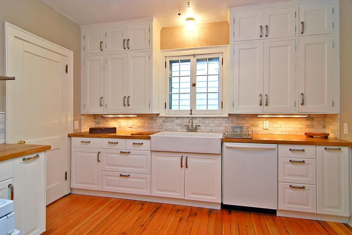 Restoring an old kitchen in a 1925 home.