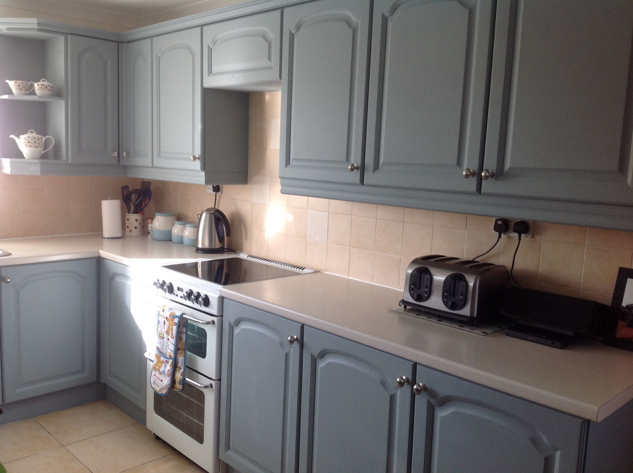Kitchen Cupboard Colours Paintedkitchen Cupboards With Autentico Paint In