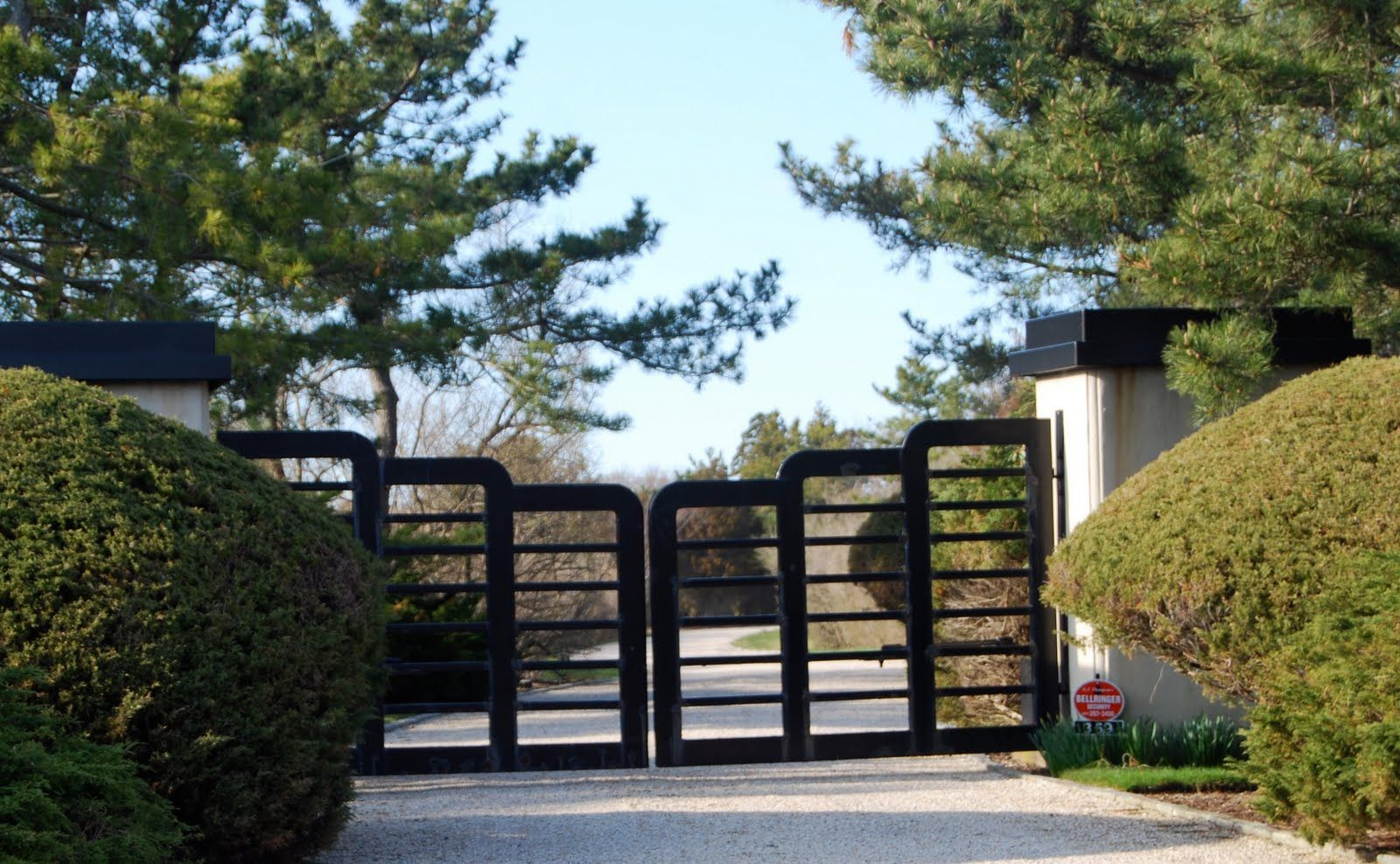 Compund walls and gate pinterest google gate design and gates - Boundary Wall Design Gate Gate Samples Pinterest Home Design Outdoor Gates With Glass Google Search Download