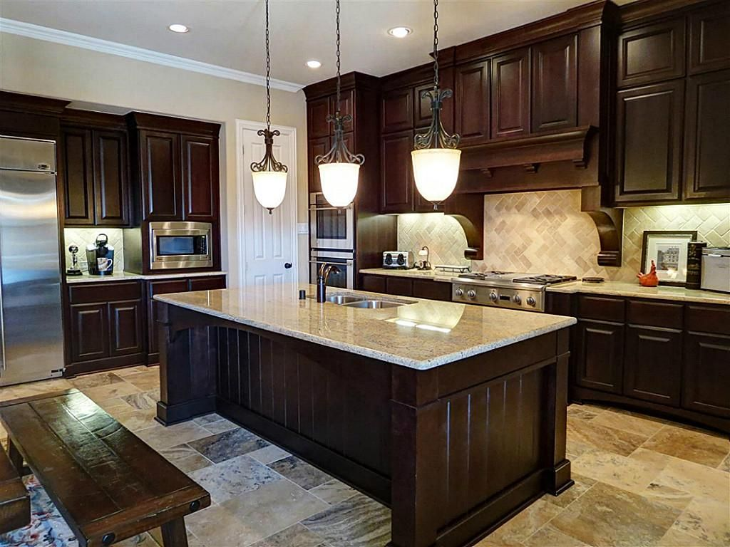 Pictures Of Dark Kitchen Cabinets With Light Countertops Love This Kitchen Color Scheme Dark Cabinets Light