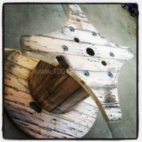 Table Made Out A Discarded Wire Spool | Spool tables, Wire ...