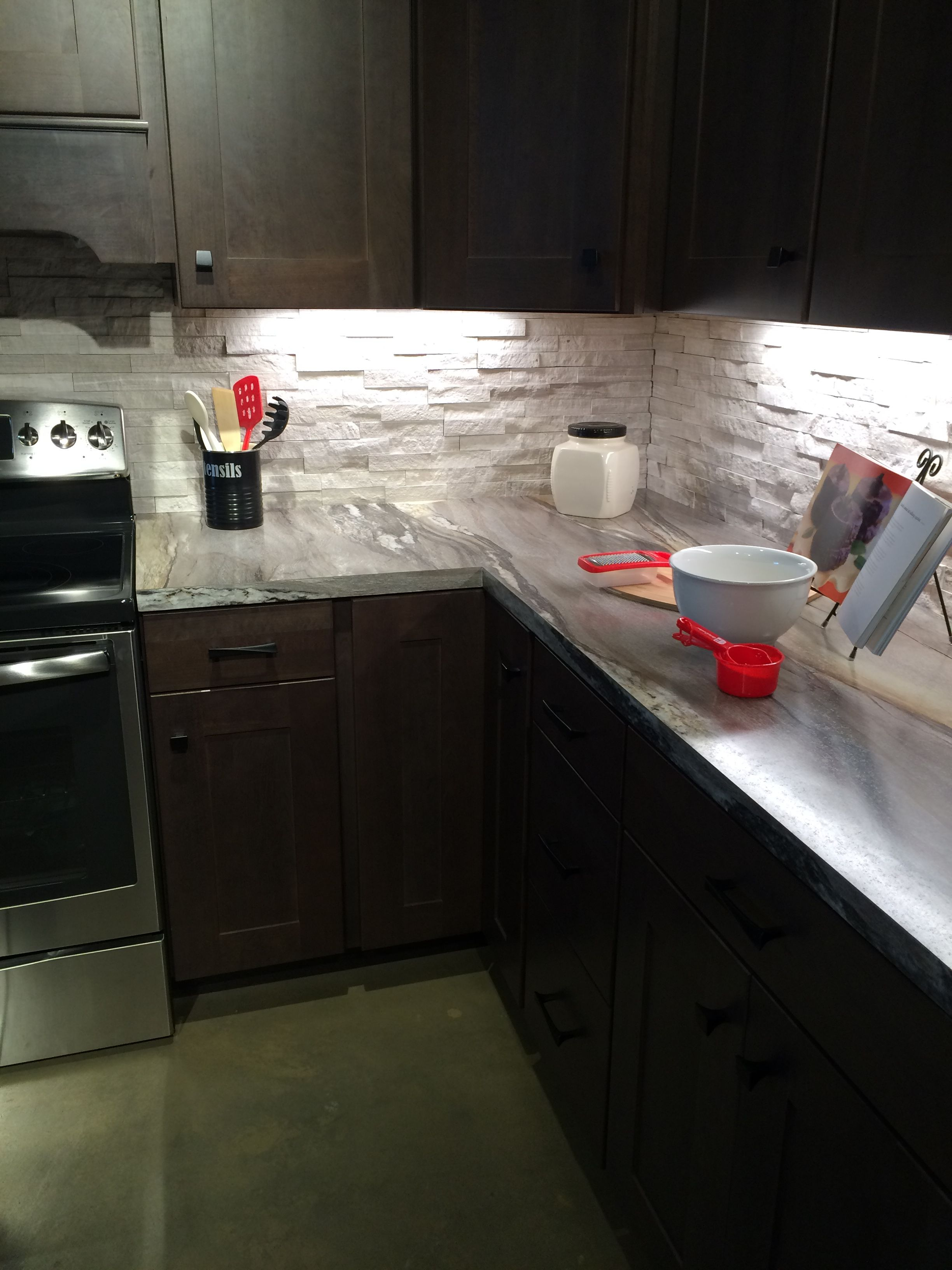 Laying Formica Countertop Dolce Vita 180fx Kitchen Formica Install Shots