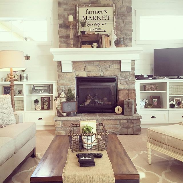 Living Room decor - rustic farmhouse style with stone clad - farmhouse living room decor