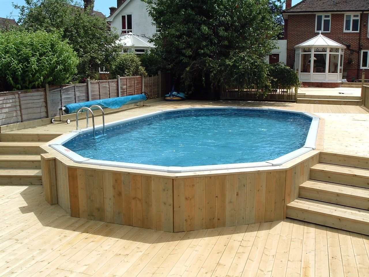Jacuzzi Oval Pool 30 39 X 15 39 Aluminium Above Ground Pool With Decking