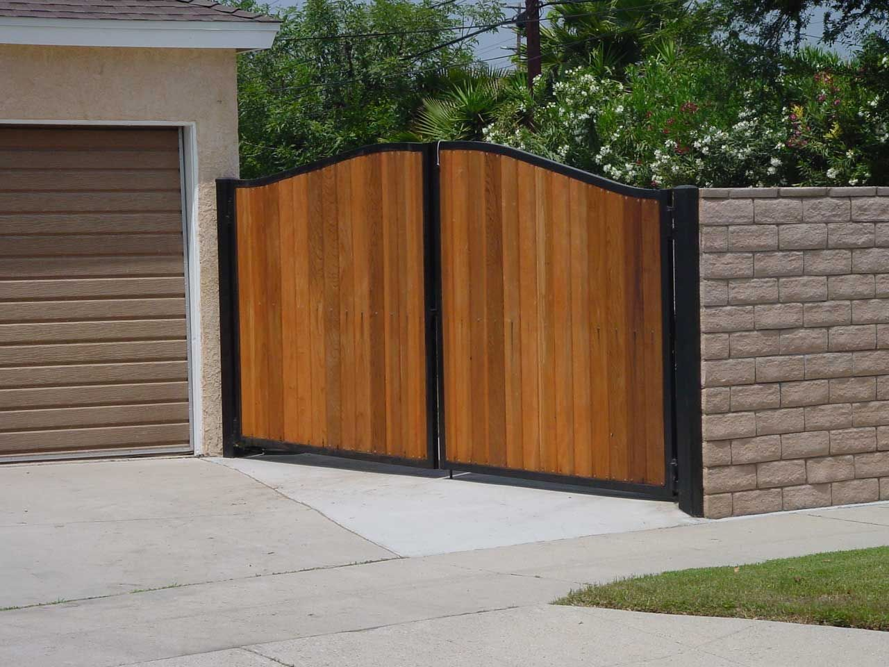 wooden fence gate design ideas best house design ideas - Fence Gate Design Ideas