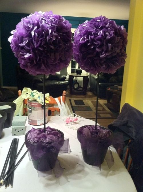 make tissue paper flower centerpieces