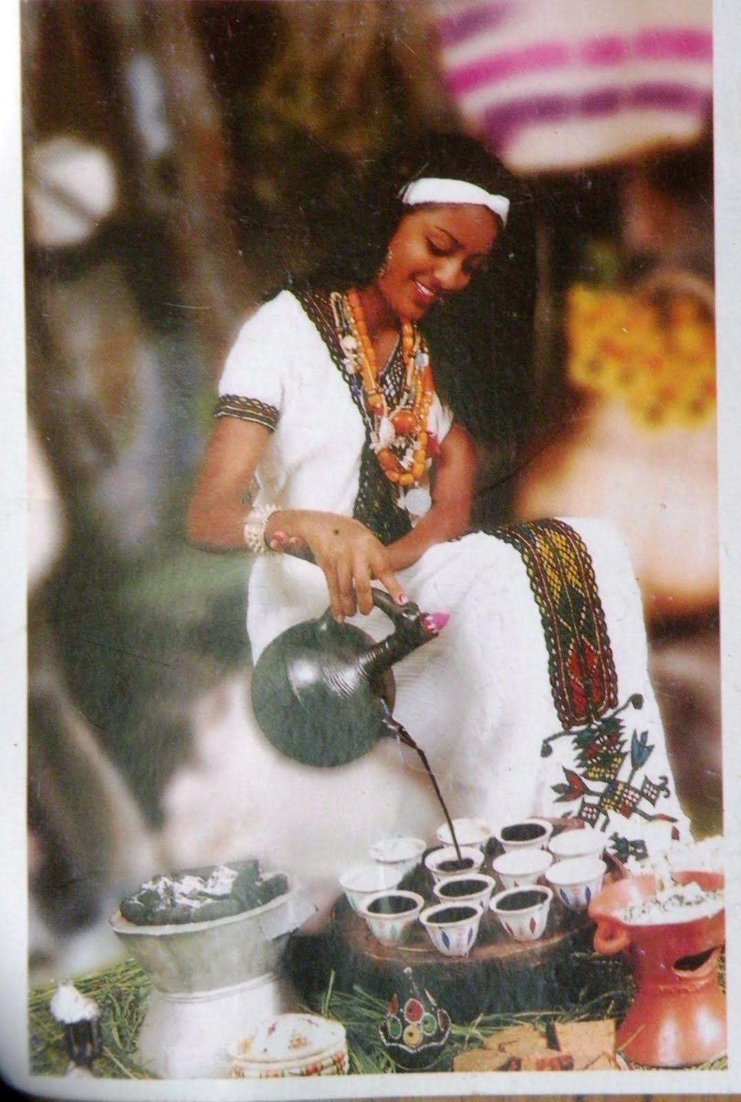 Coffee Arabica In Ethiopia Ethiopian Coffee Ceremony Google Search Chit Chat