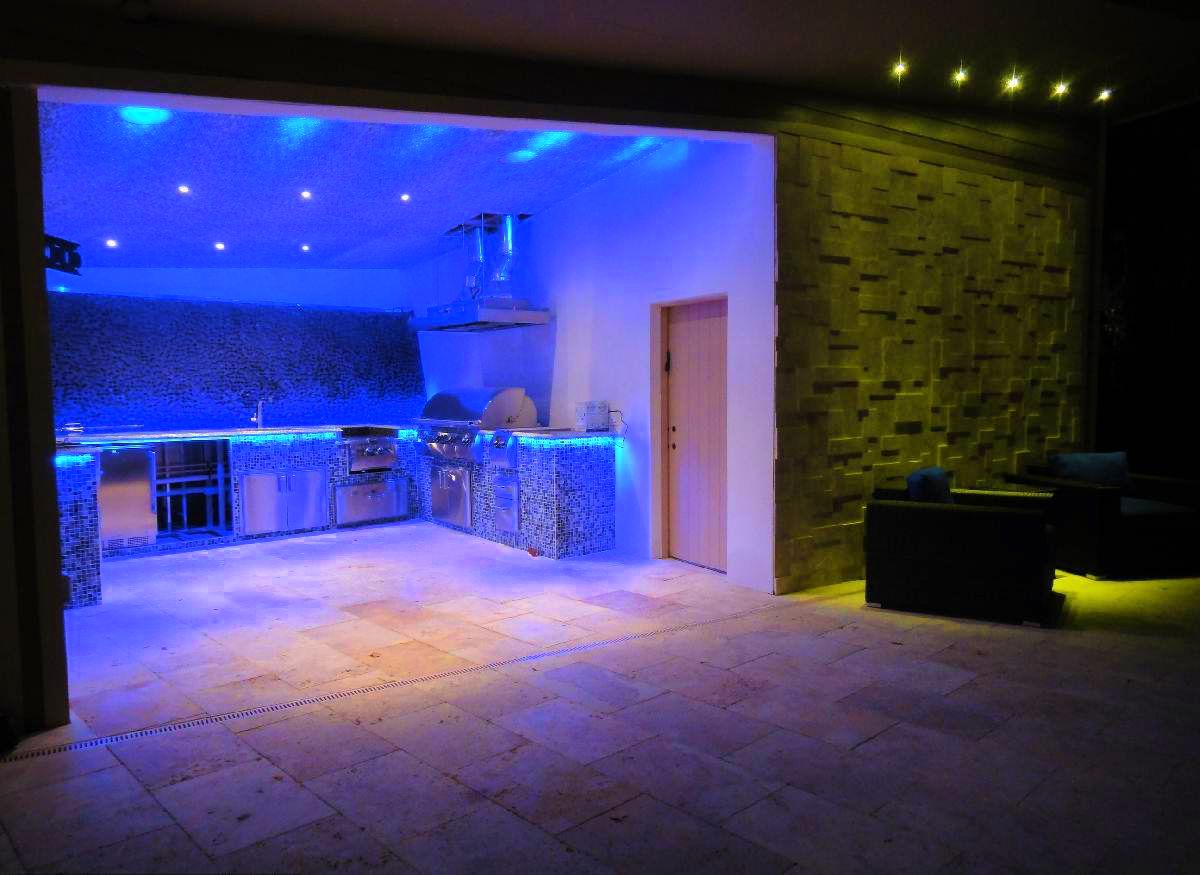 Lichtblauwe Accessoires Woonkamer Awesome Blue Led Light Kitchen Design Combined With Green