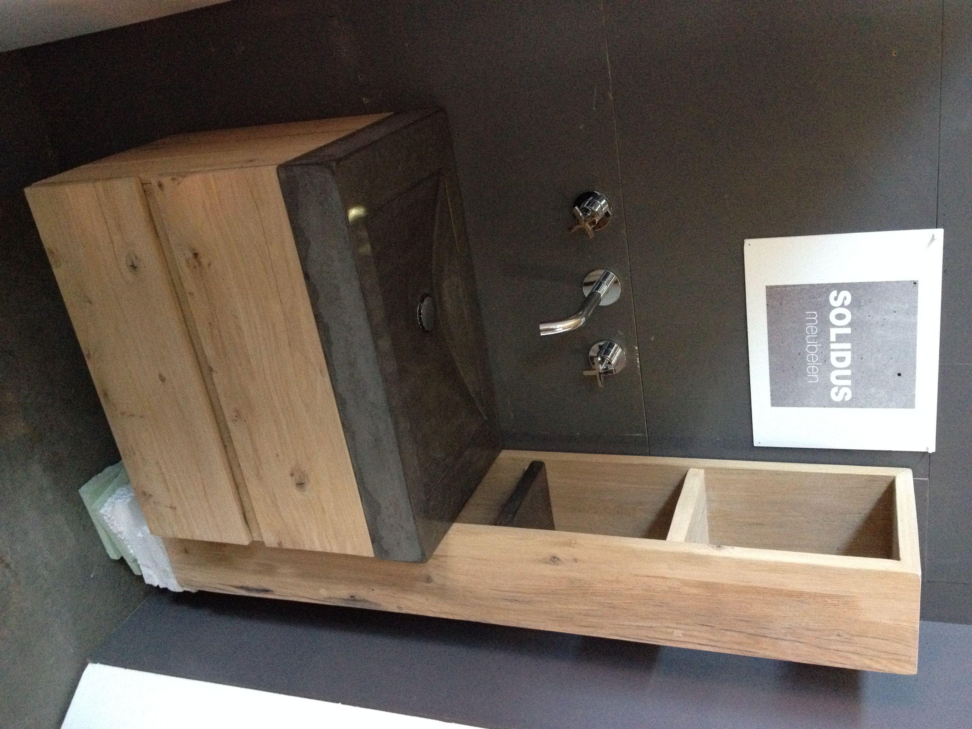 Badkamerkast Oud Hout : Badkamermeubel hout beton wastafel beton met meubel in eiken