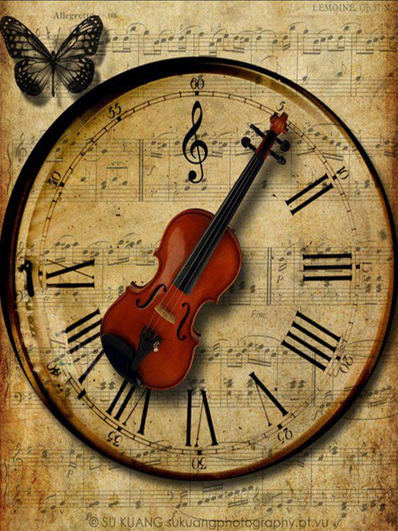 Cool Clock Hands Old Fashioned Clock With Violin As Hands Pointing To Roman