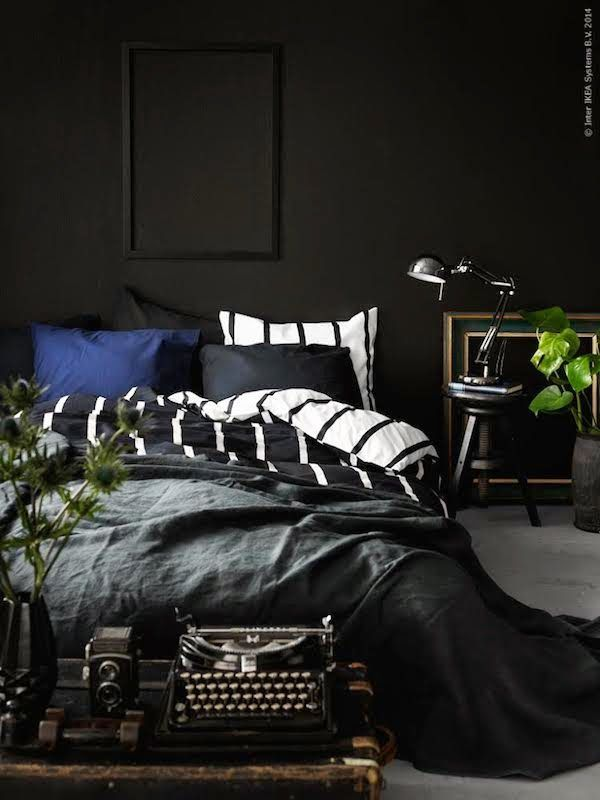 22 Great Bedroom Decor Ideas for Men Bedrooms, Black bedrooms - dark bedroom ideas