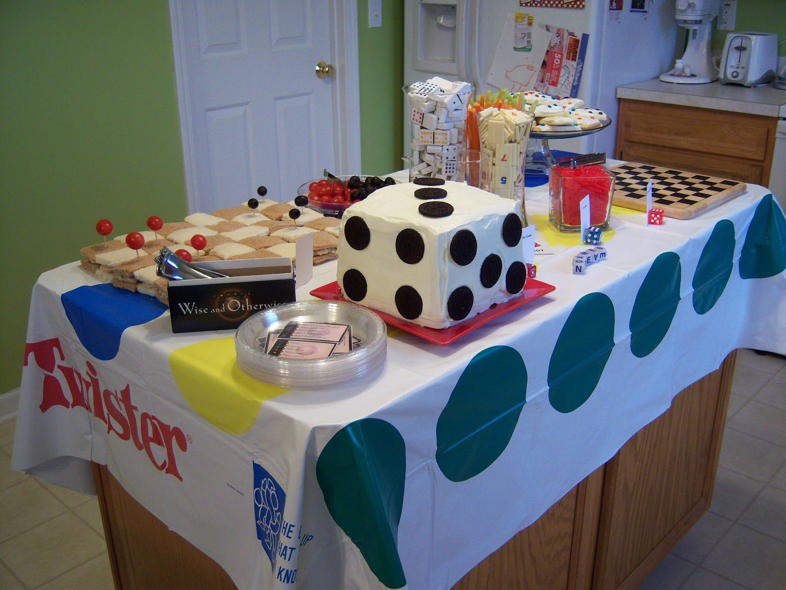 Table Snack Cuisine Food Table For A Game Night Themed Event Party Ideas