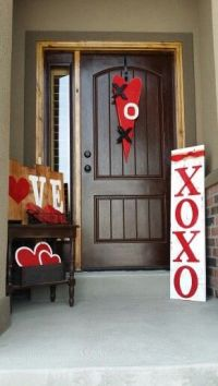 Valentines day porch decor | Rustic style | Pinterest ...