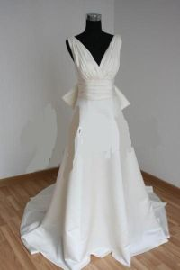 wedding dresses large bust