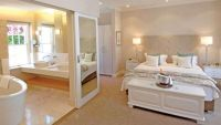 Comfortable Ensuite Bedroom Ideal For A Family | Awesome ...