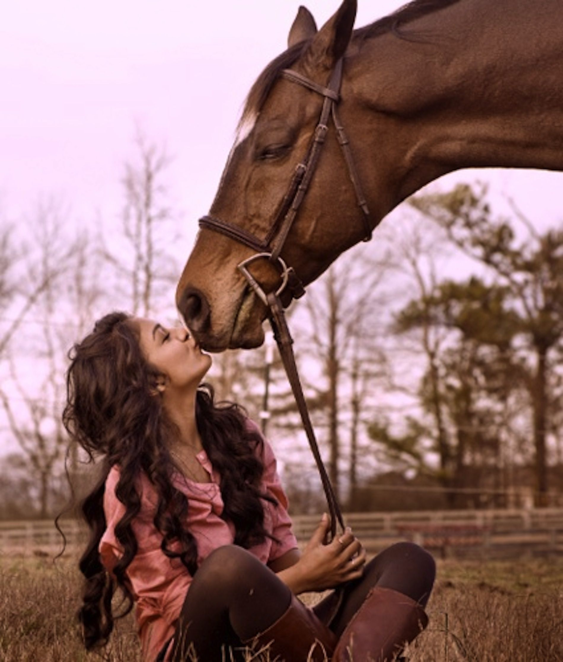 Caballo Apareandose Humano Kiss Kiss Girls And Their Horses I Pinterest