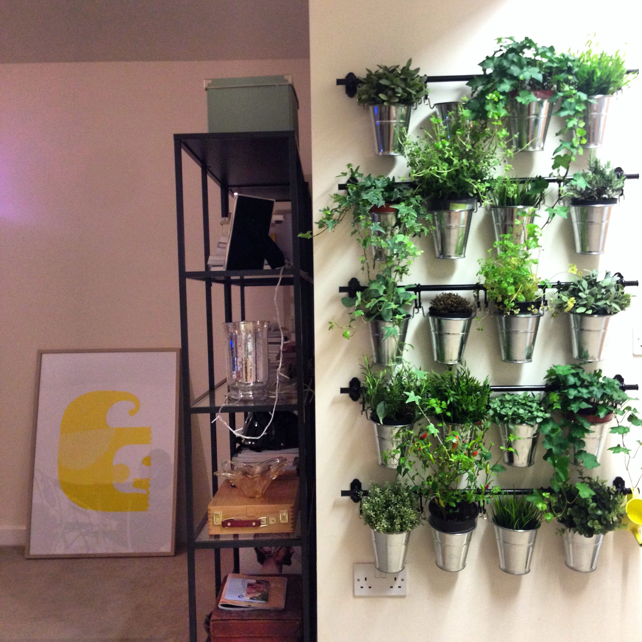Ikea Herb Planters Herb Garden Out Of Ikea Plant Pots And Kitchen Rails Diy