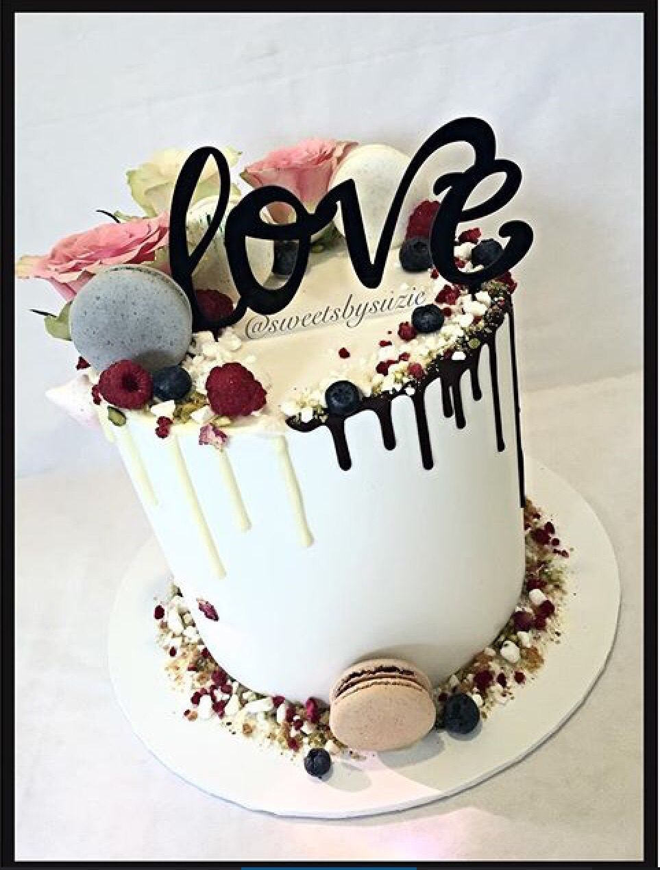 Kuchenverzierung Geburtstag White And Chocolate Drip Cake For A Bridal Shower Made By