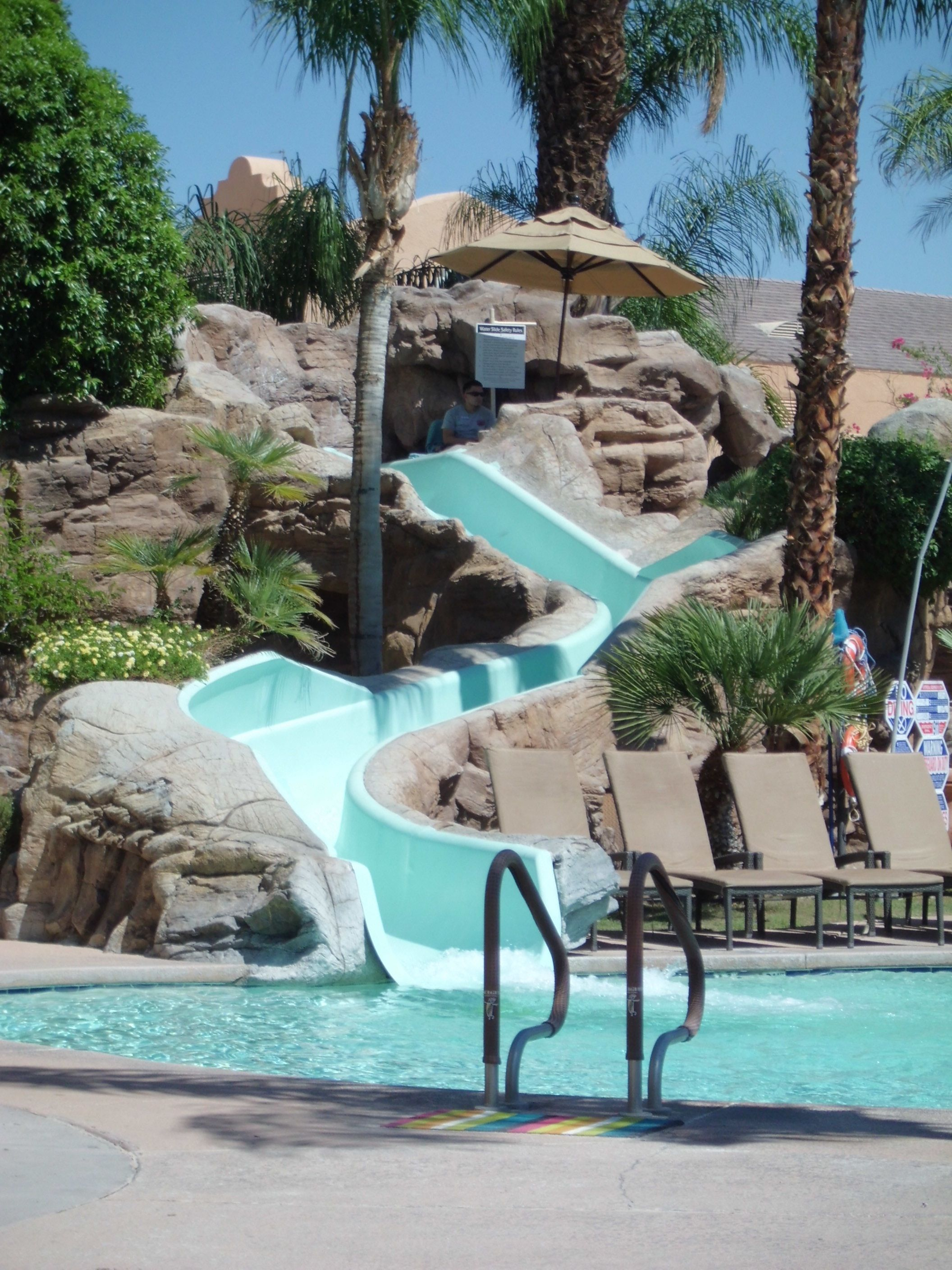 Flamingo Las Vegas Kid Pool Mirage Las Vegas Pool Las Vegas Pinterest Vegas