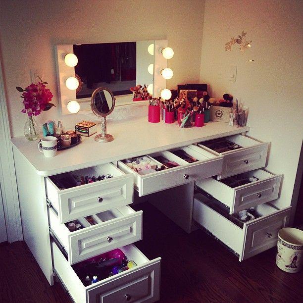 Bohemian Makeup Vanity Designs With Accent Lights Vanities - vanity ideas for bedroom