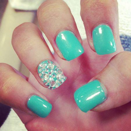 Good Homecoming Nails