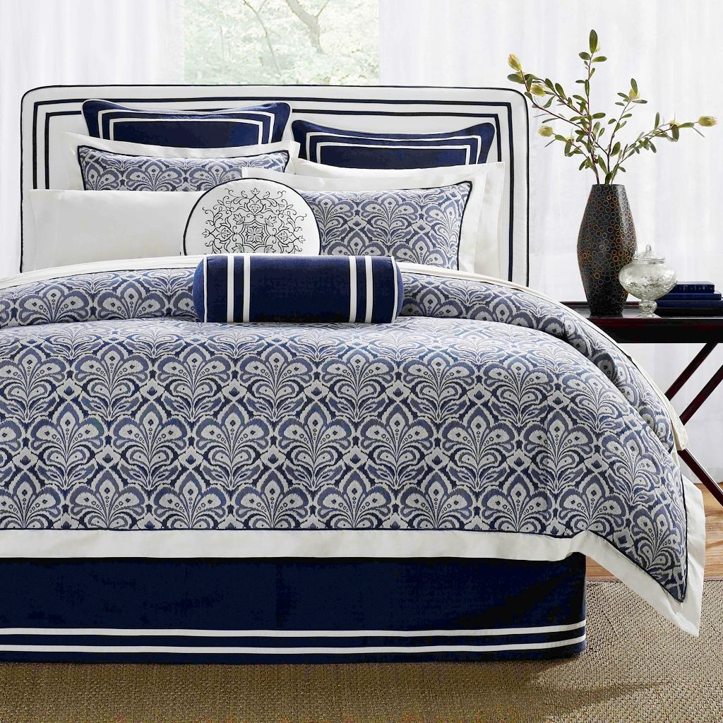 Simple Classic Bedroom With Dark Blue White Bedding Sets