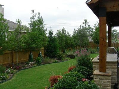 Landscaping Along Fence on Pinterest