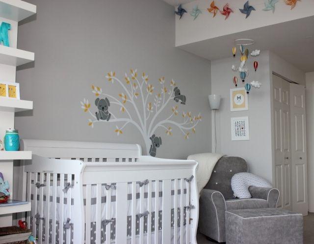 babyzimmer neutral gestalten graue wandfarbe baum mit koala - wandsticker babyzimmer nice ideas