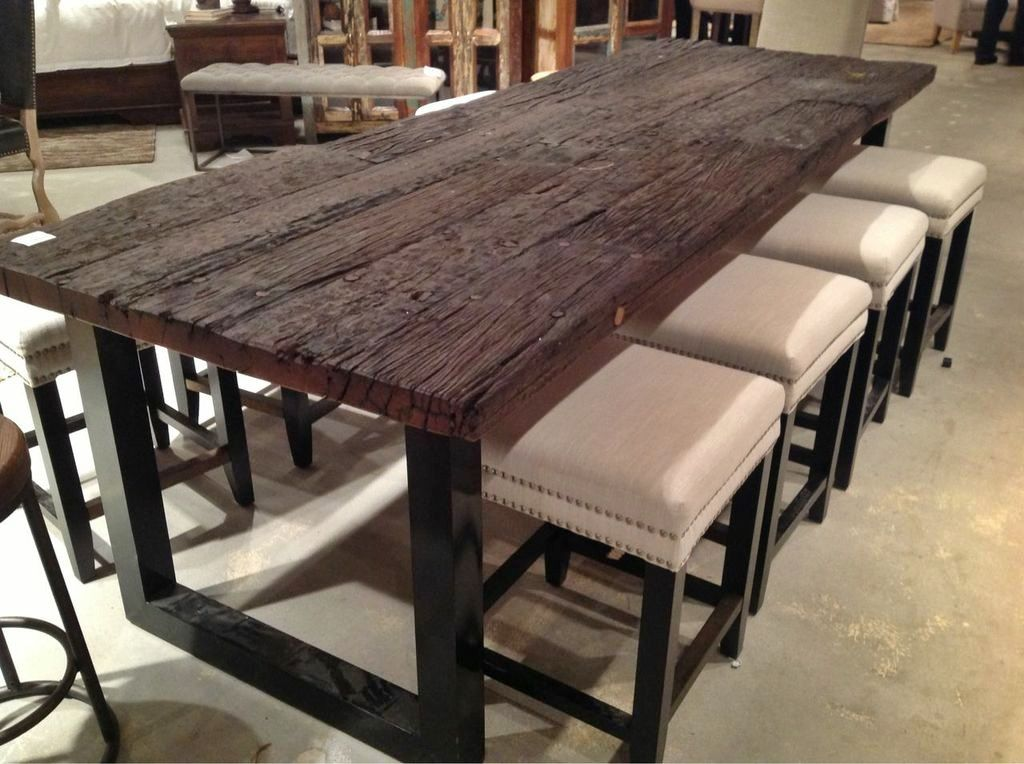 Take A Look At This Chic And Contemporary Reclaimed Wood