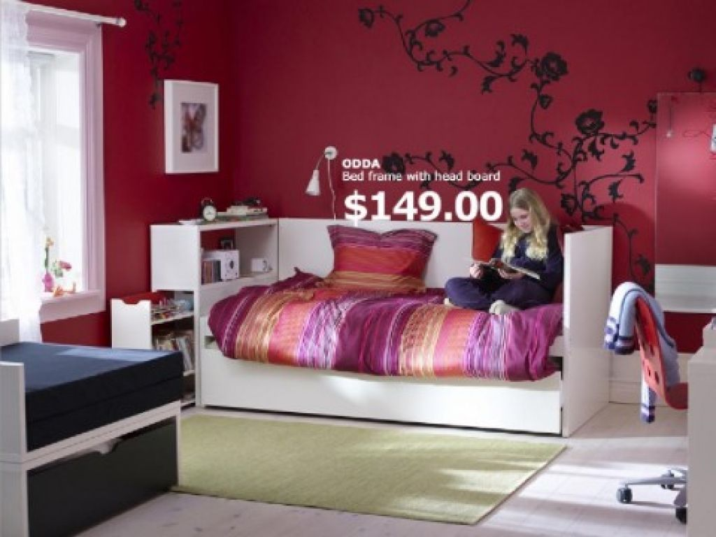Teenagers Room Paint Ideas Bedroom Teen Bedroom With Bed Frame And Red Wall Paint