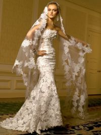6 Luxe Wedding Dresses From Fancy-Pants Designer St ...