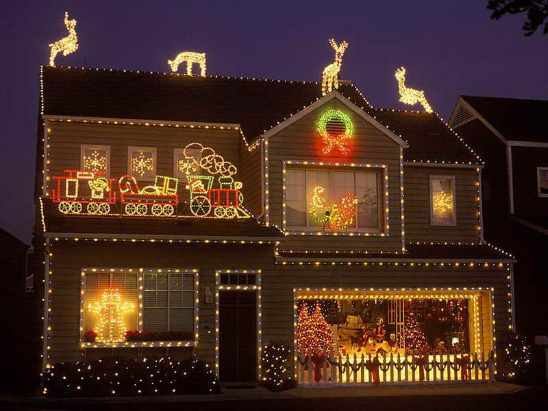 20 Outdoor Décor Ideas With Christmas Lights Christmas lights - christmas decorations outdoors