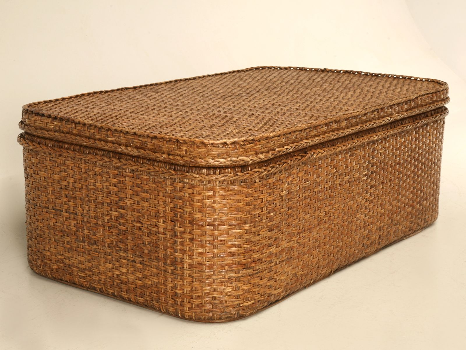 Rattan Rollo Square Wicker Trunk Coffee Table Http Therapybychance